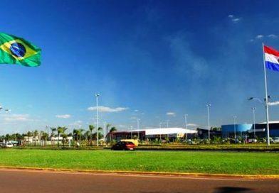 Ponta Porã: Paraguai libera comércio delivery na fronteira com Brasil com entregas só pela cerca que 'fecha' o país