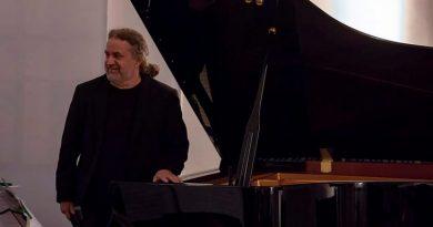 MPB e música instrumental erudita dão o tom no Som da Concha deste domingo